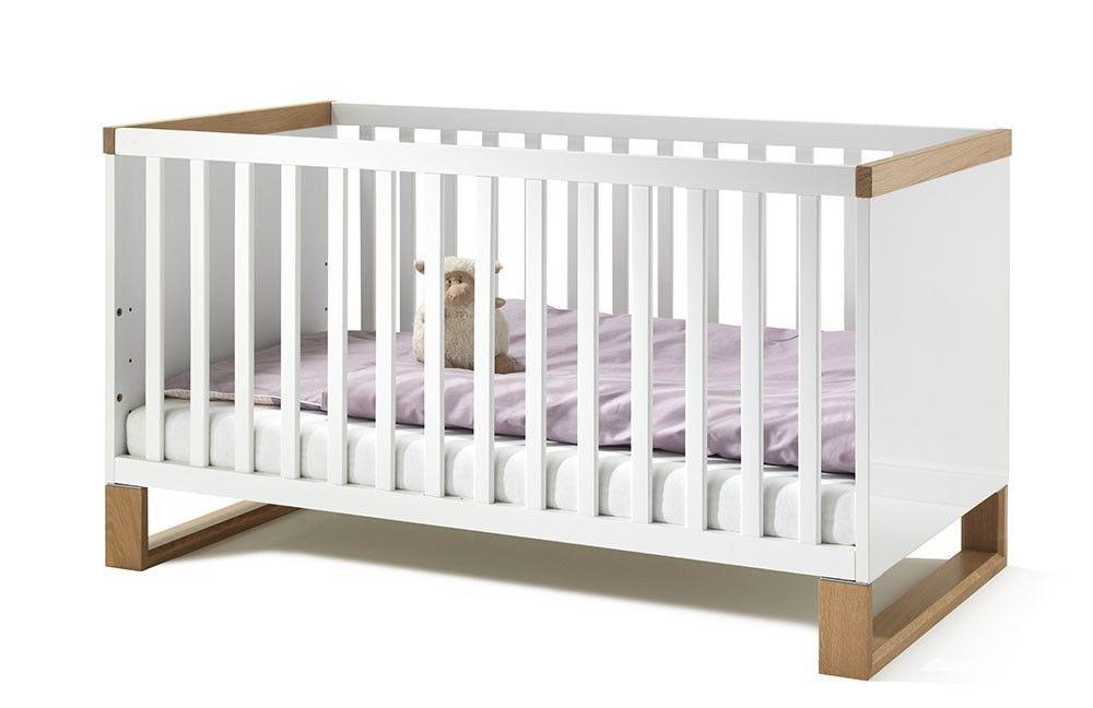 wellem bel benno kinderbett mit kufen verschiedene ausf hrungen. Black Bedroom Furniture Sets. Home Design Ideas